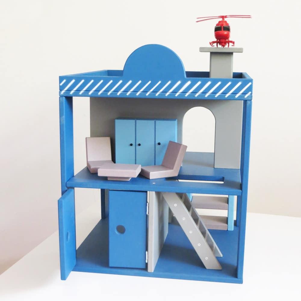 policijska stanica, igračka za dečake