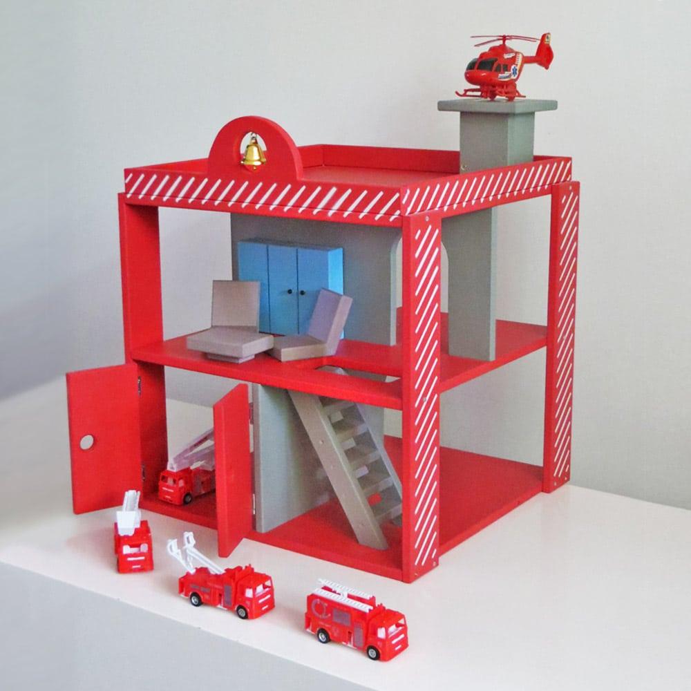 vatrogasna stanica, igračke za dečake